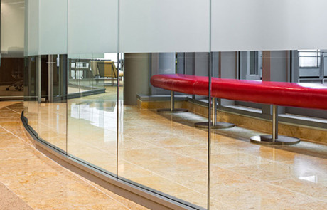Transwall ONE frameless glass wall design