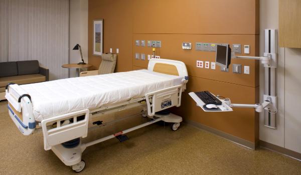 Medical V7 IT Computer Station
